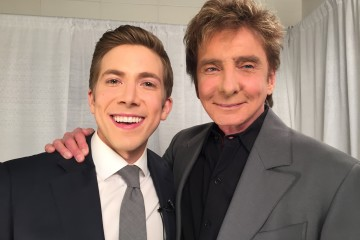 Post-interview photo with Barry Manilow backstage at Nassau Coliseum.